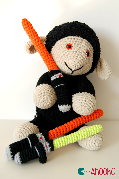 Free Star Wars Crochet Amigurumi Patterns : Crochet Star Wars Lightsaber [free amigurumi pattern ...