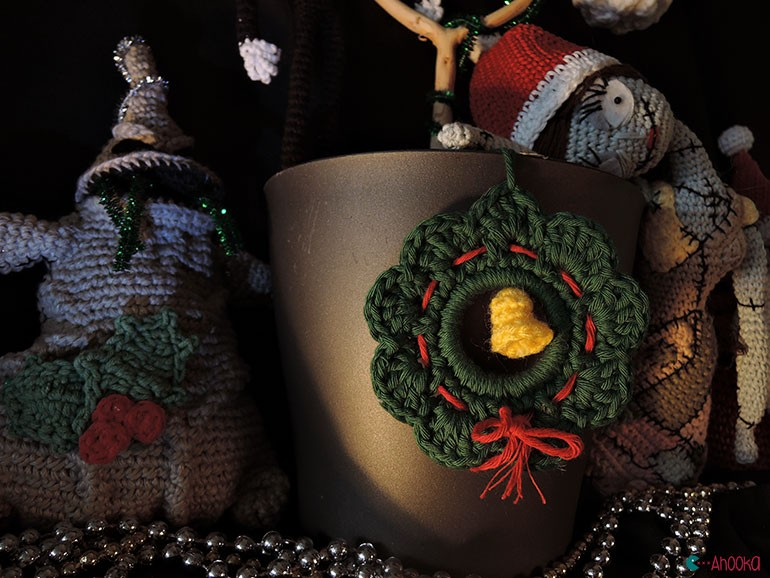 christmas crochet decoration by ahooka16