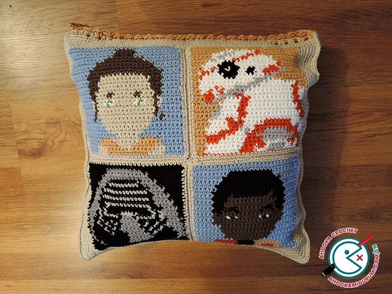 Crochet a matching cushion to the Star Wars graphgan ...